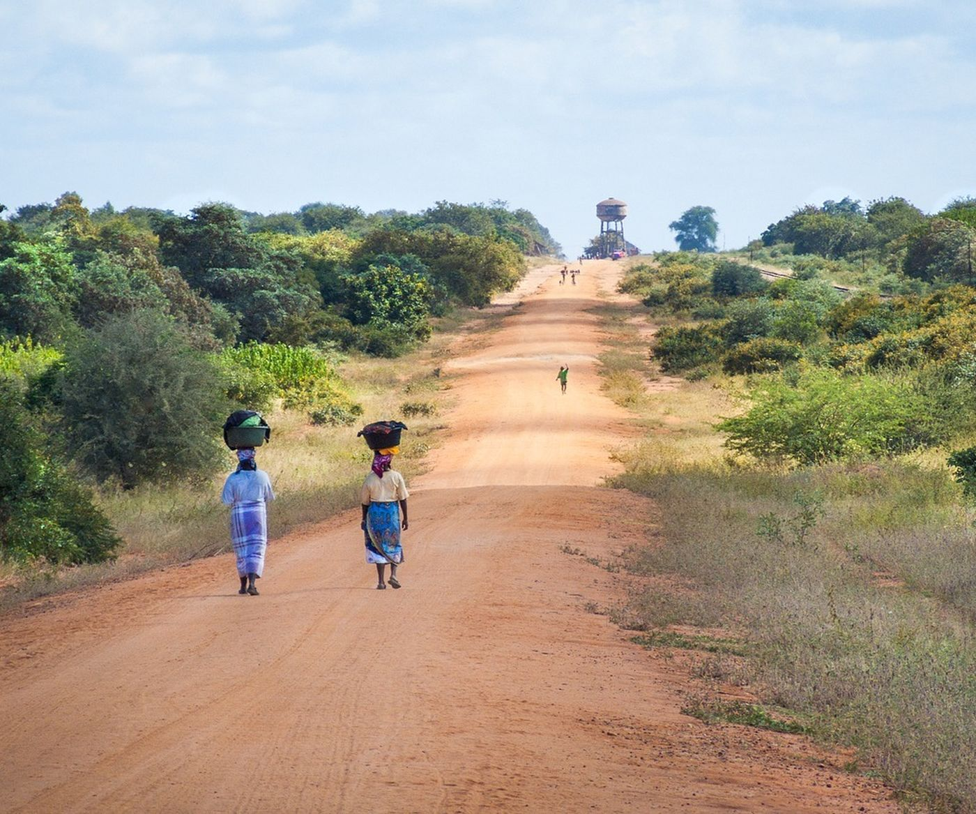 African Women Walking Along Road 2983081 1280